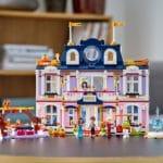 LEGO Friends 41684 Heartlake City Hotel 24