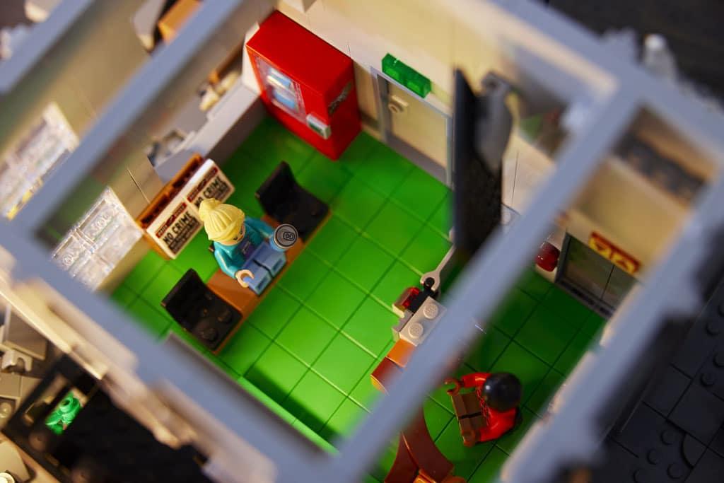 LEGO Marvel 76178 Daily Bugle (31)