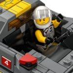 LEGO Speed Champions 76903 Chevrolet Corvette C8.r & 1968 Chevrolet Corvette 7