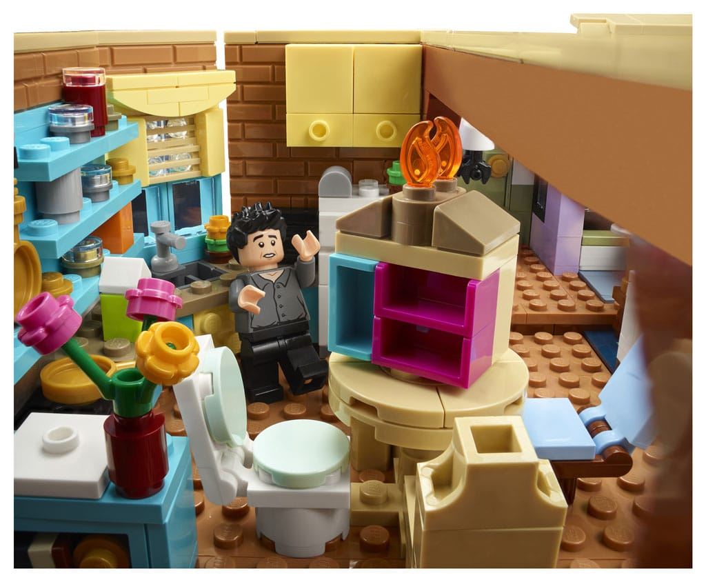 LEGO 10292 Friends Apartments 11