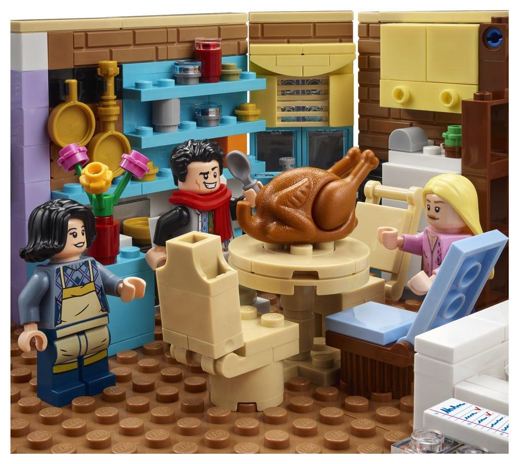 LEGO 10292 Friends Apartments 9
