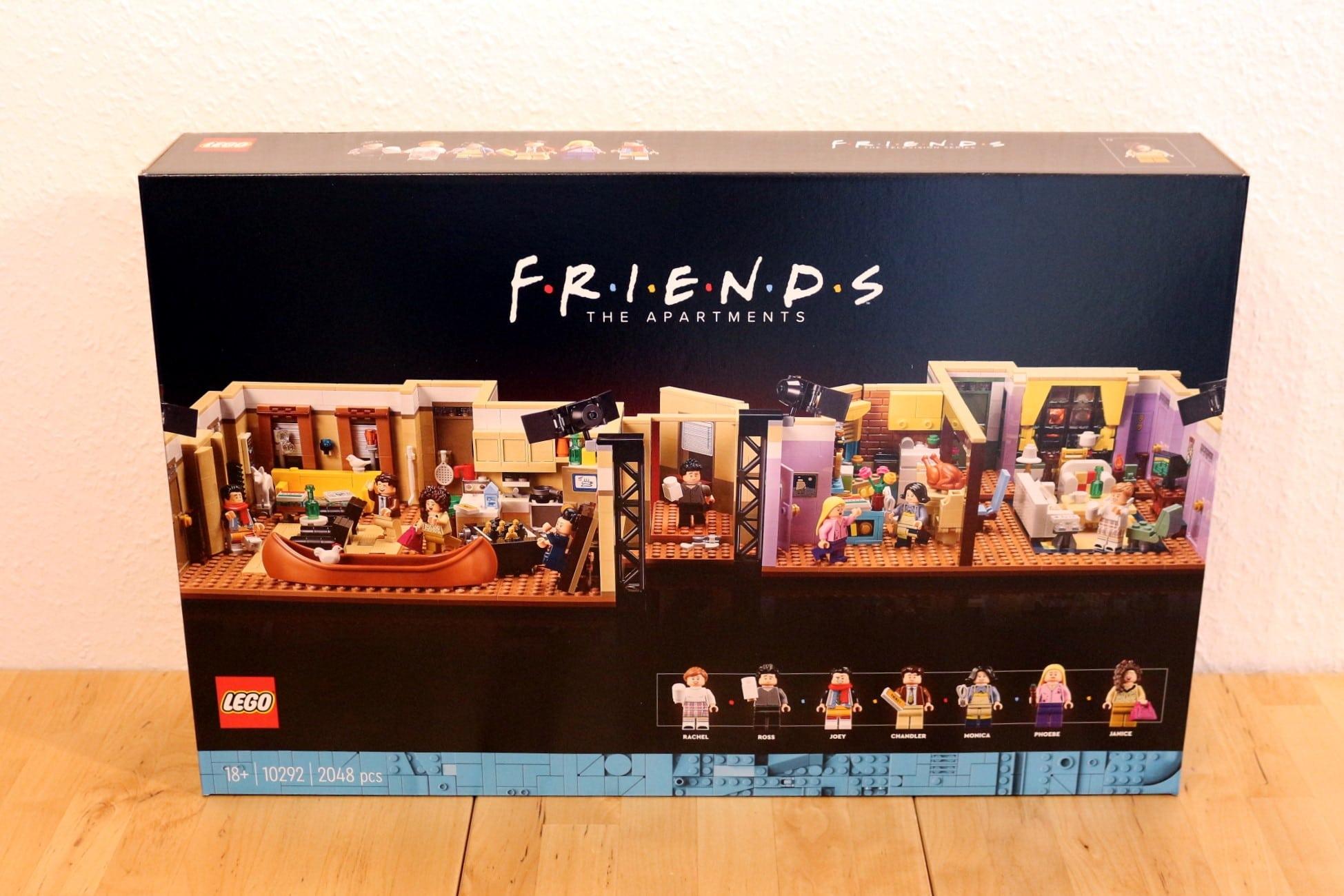 LEGO Friends 10292 The Friends Apartments 1