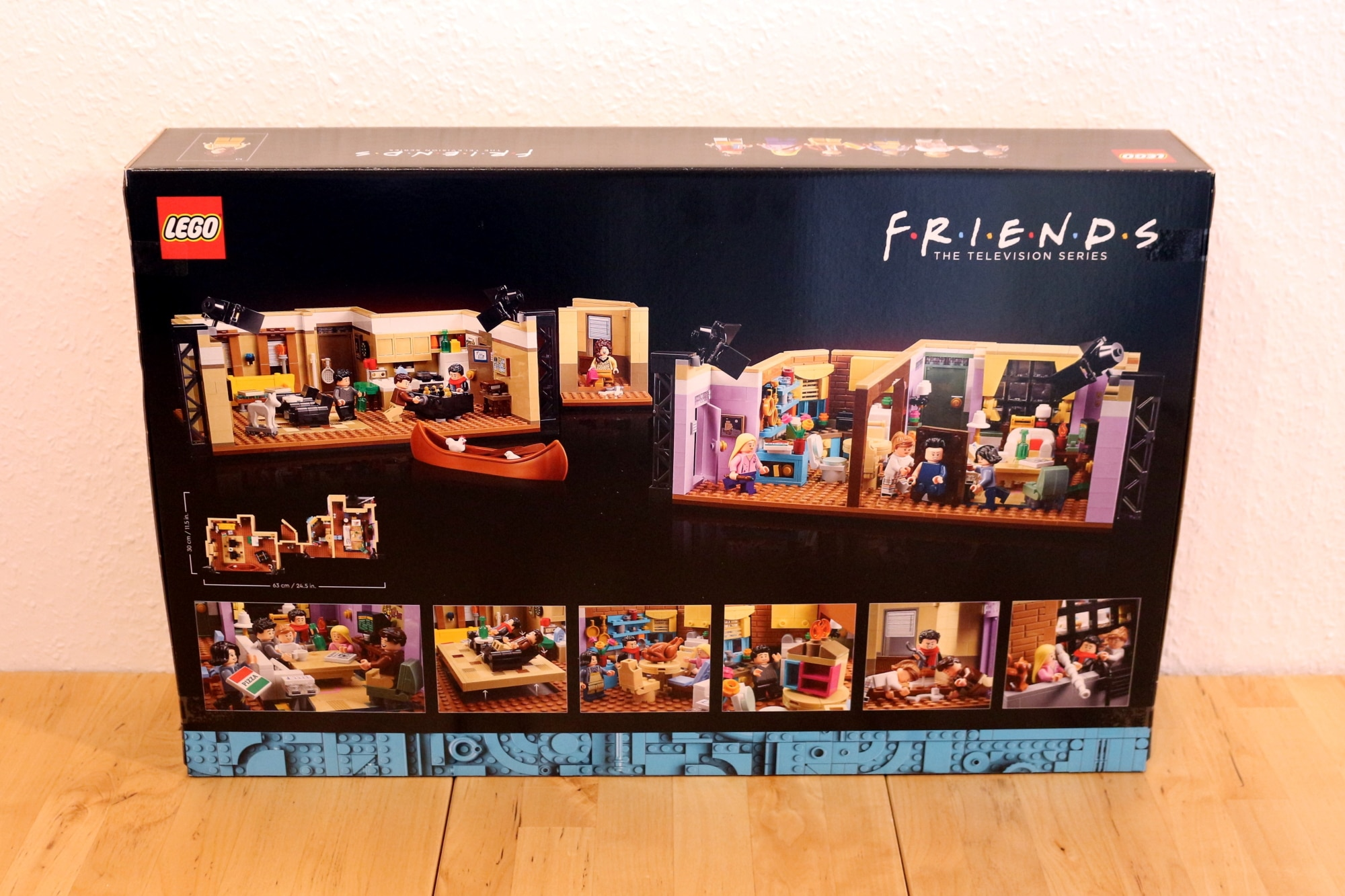 LEGO Friends 10292 The Friends Apartments 2