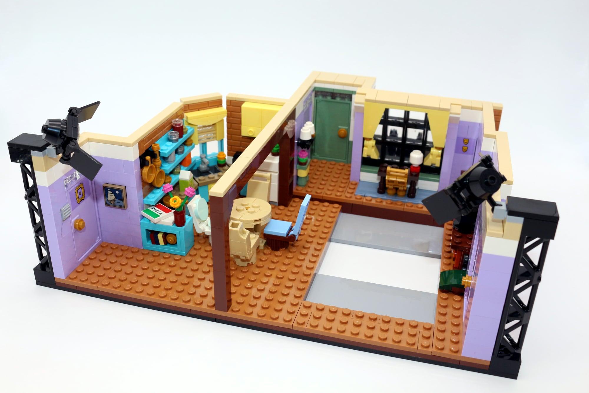 LEGO Friends 10292 The Friends Apartments 44