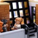 LEGO Friends 10292 The Friends Apartments 50