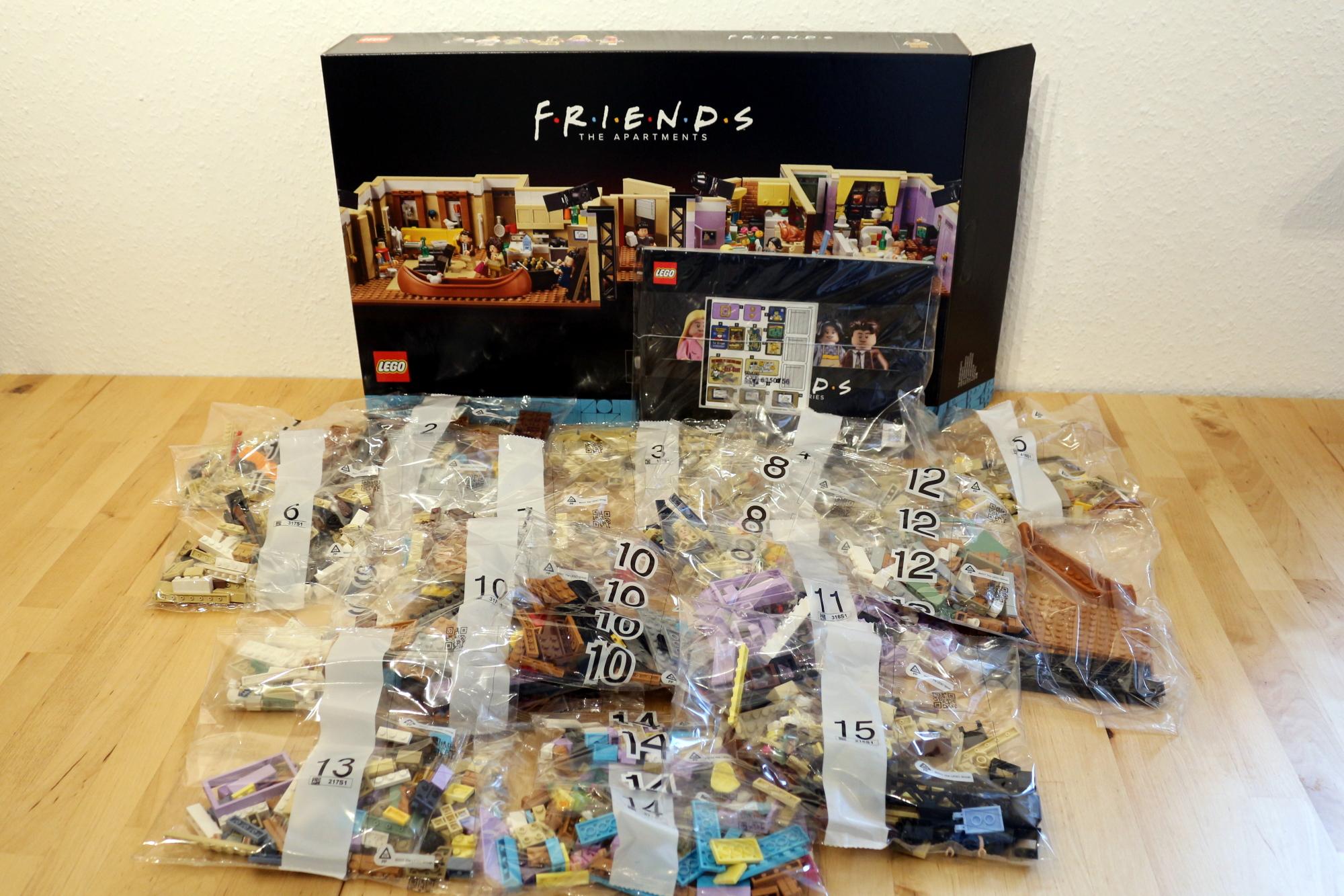 LEGO Friends 10292 The Friends Apartments 6