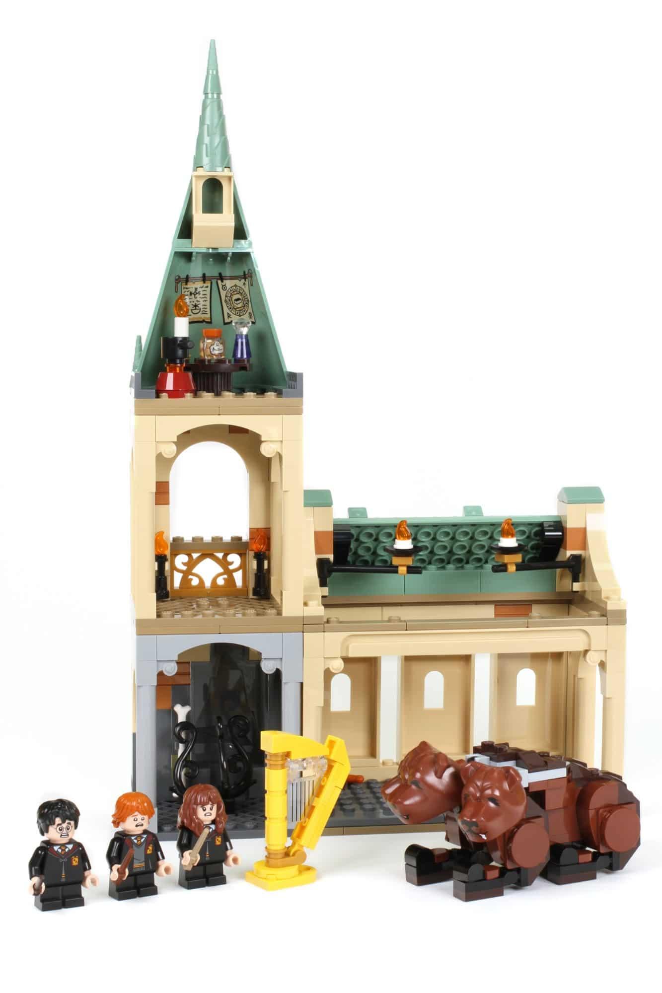 LEGO Harry Potter 76387 Hogwarts Begegnung Mit Fluffy (1)