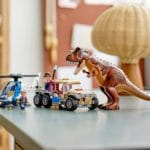 LEGO Jurassic World 76941 Verfolgung Des Carnotaurus 12