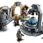 LEGO 75319 Die Mandalorianische Schmiede Der Waffenschmiedin 4
