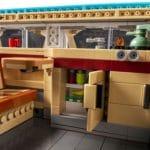 LEGO Creator Expert 10279 Volkswagen T2 Campingbus 8