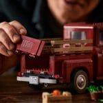 LEGO Creator Expert 10290 Pickup 18