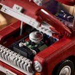 LEGO Creator Expert 10290 Pickup 23