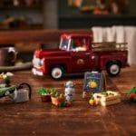 LEGO Creator Expert 10290 Pickup 24