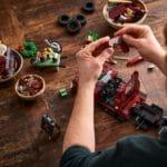 LEGO Creator Expert 10290 Pickup 26