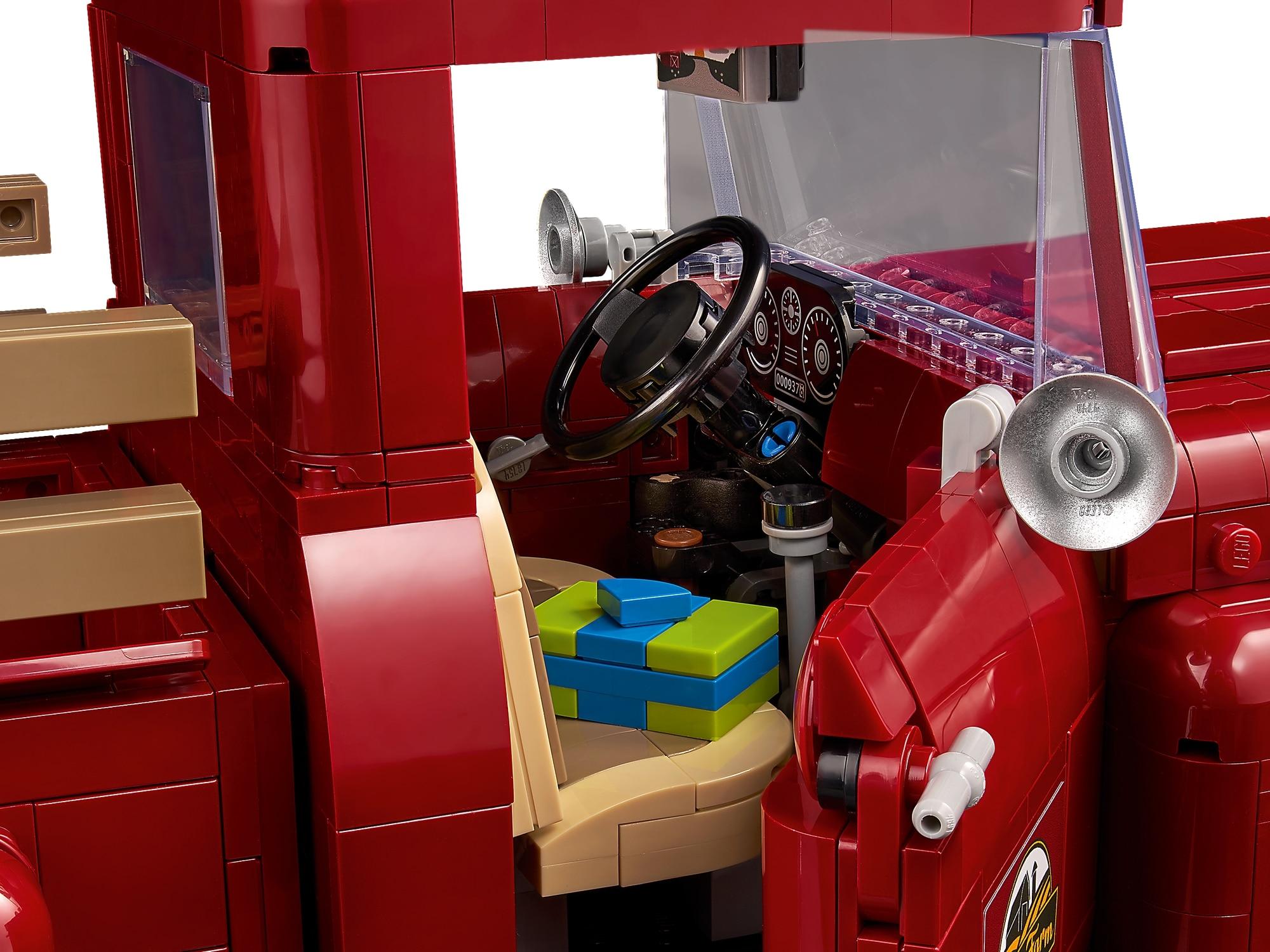 LEGO Creator Expert 10290 Pickup 7