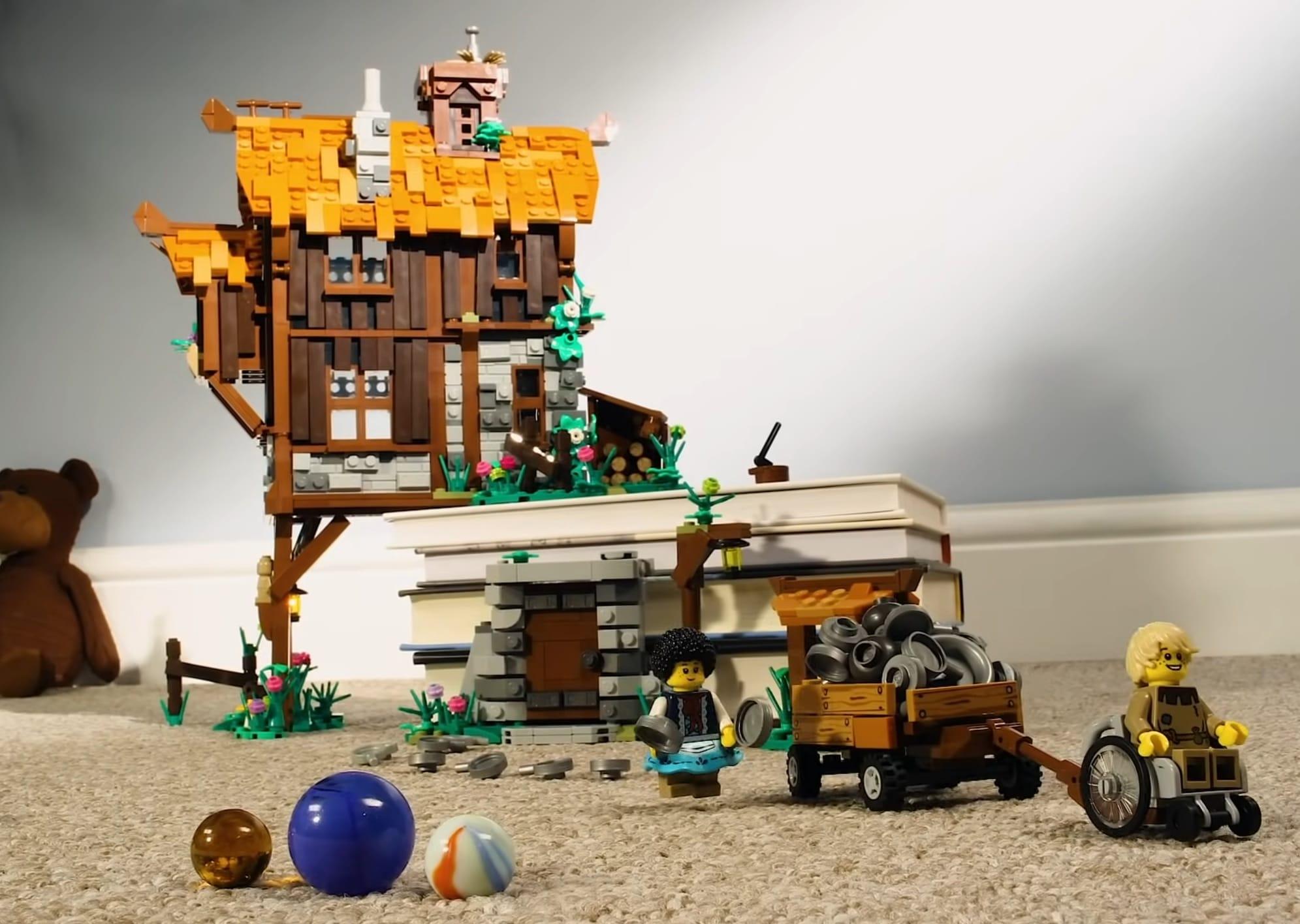 LEGO Haensel Und Gretel Haus01
