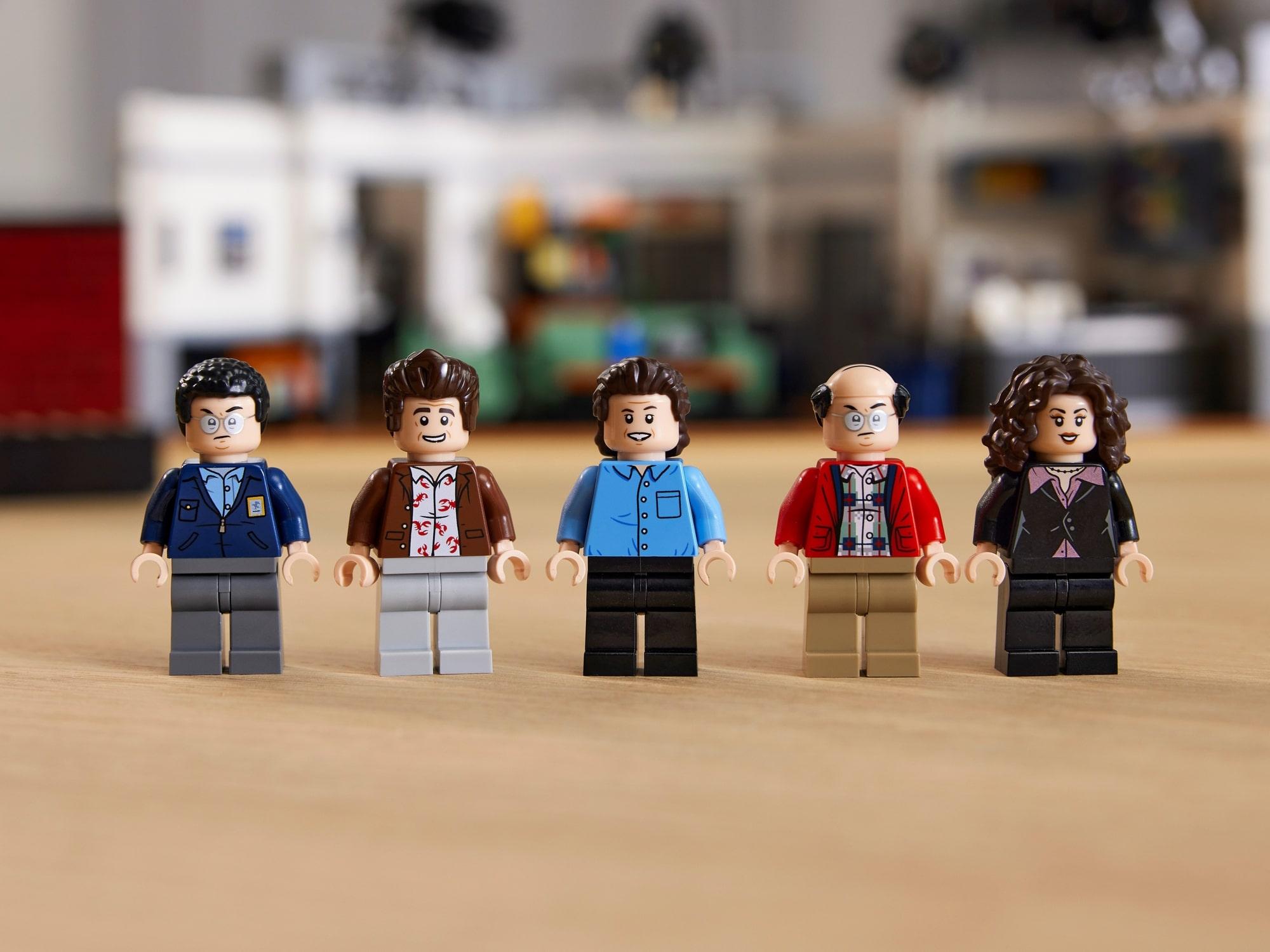 LEGO Ideas 21328 Seinfeld 18