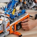 LEGO Technic 42128 Schwerlast Abschleppwagen 16