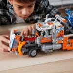 LEGO Technic 42128 Schwerlast Abschleppwagen 17