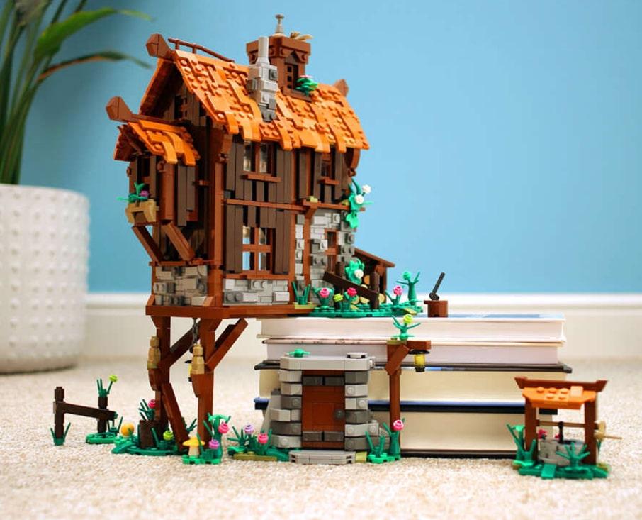 A Plus C LEGO Haensel Und Gretel Haus