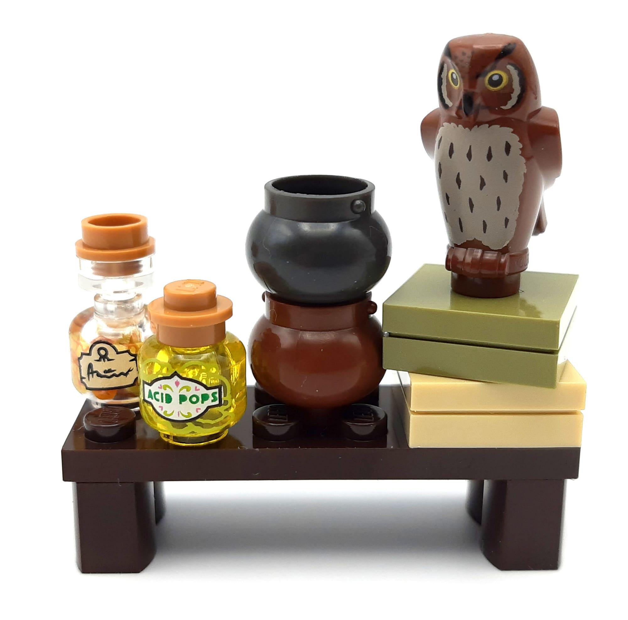 LEGO 40500 Minifiguren Aus Der Zauberwelt Tisch