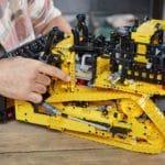 LEGO 42131 Appgesteuerter Cat D11 Bulldozer 12
