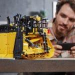 LEGO 42131 Appgesteuerter Cat D11 Bulldozer 13