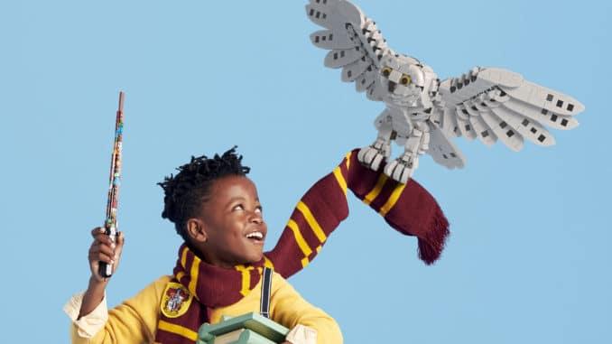 LEGO 76391 Hogwarts Icons Teaser Hedwig Rebuild The World 2