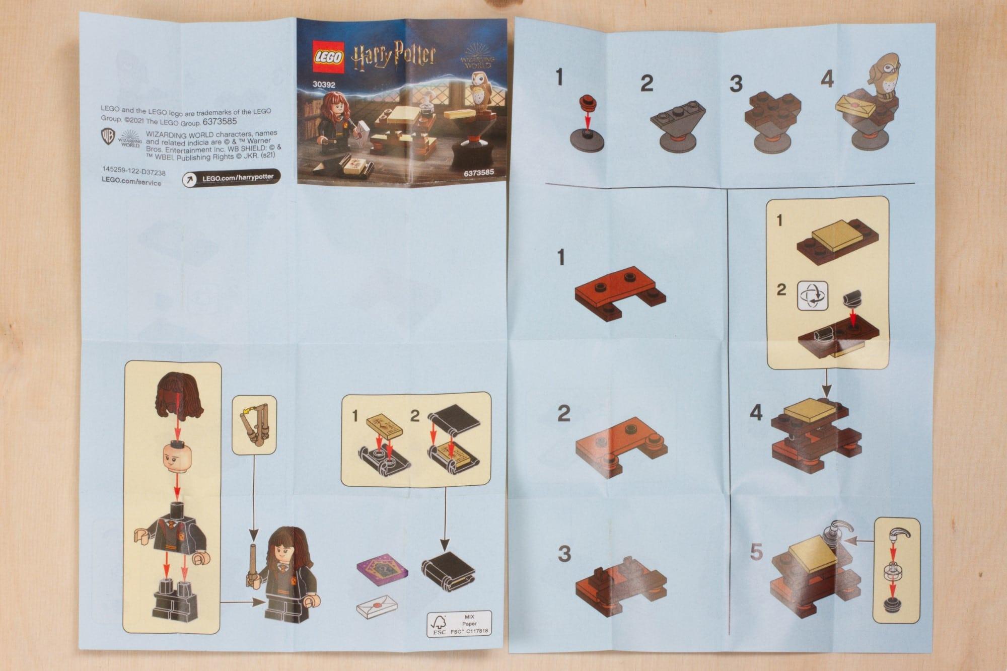 LEGO Harry Potter 30392 Hermines Schreibtisch 5