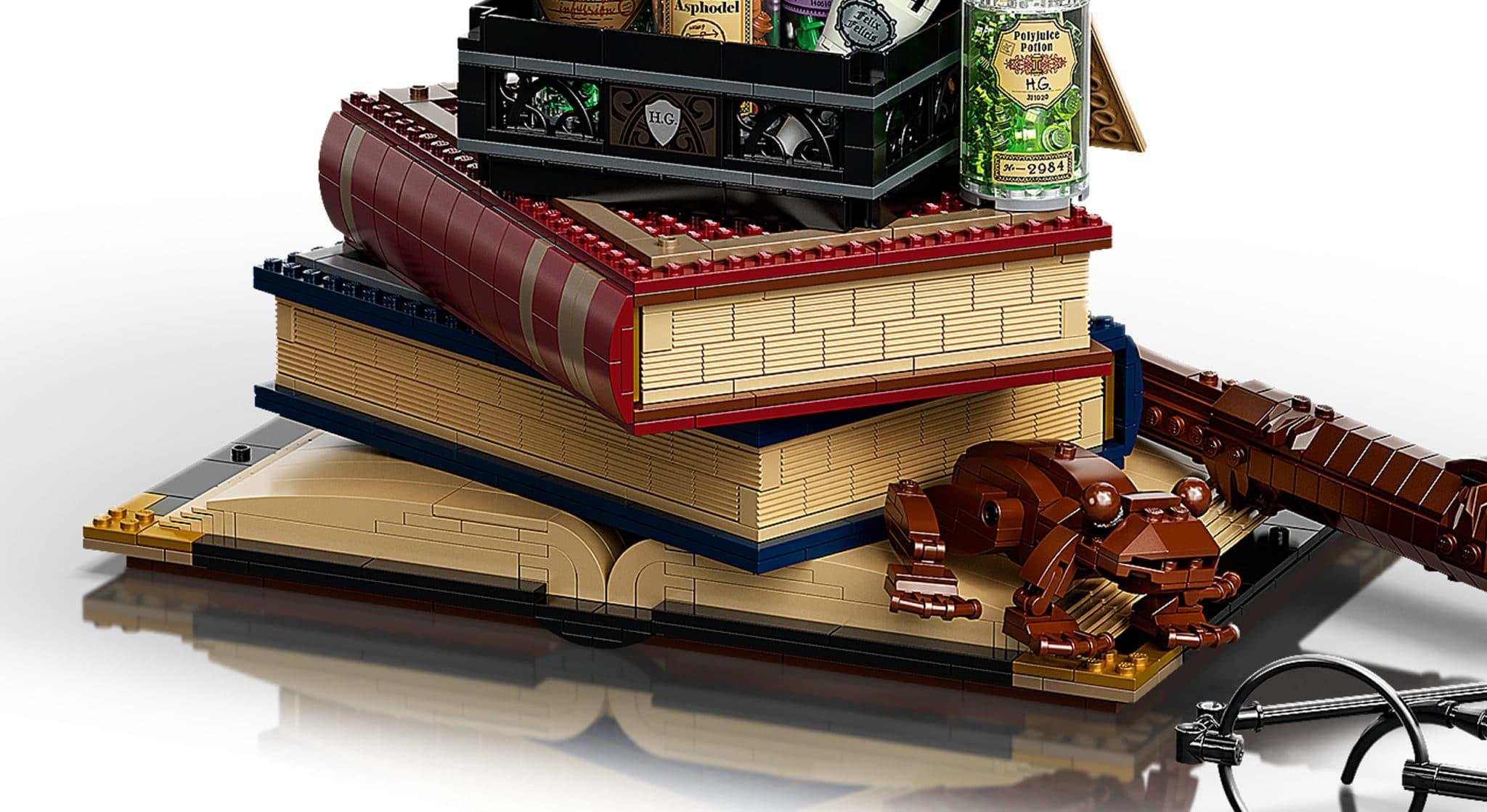 LEGO Harry Potter 76391 Hogwarts Icons Buecher