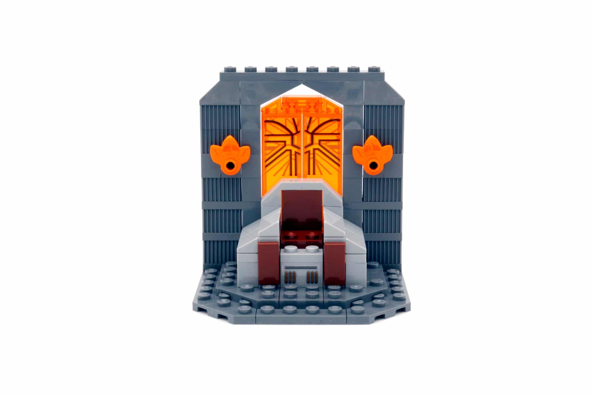 LEGO Star Wars 75310 Duel on Mandalore 11