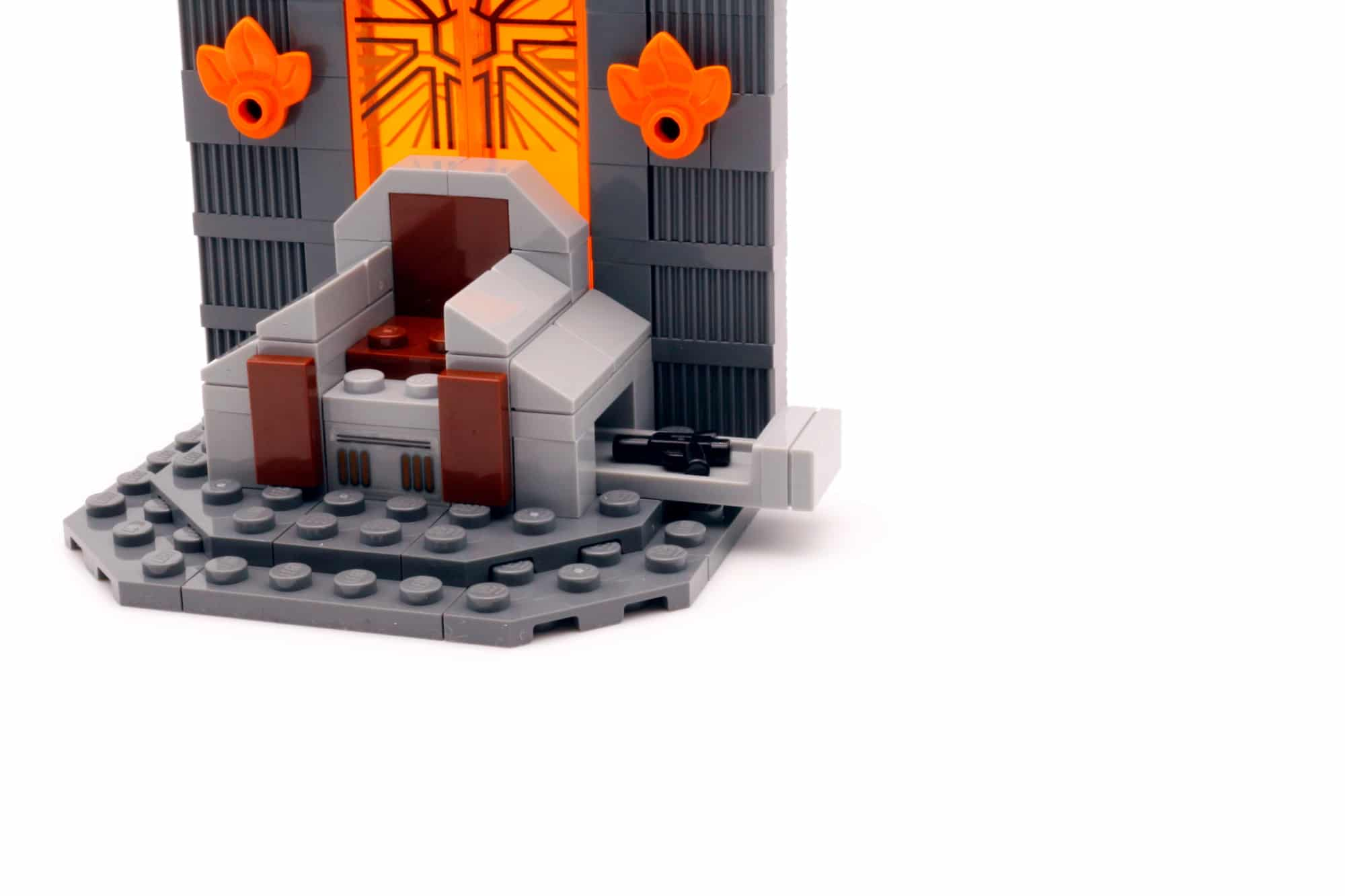 LEGO Star Wars 75310 Duel on Mandalore 16