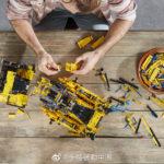LEGO Technic 42131 Cat D11t Bulldozer Bilder 22