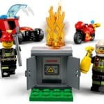 LEGO City 77943 Feuerwache Starterset 5