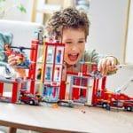 LEGO City 77944 Feuerwehrzentrale 13