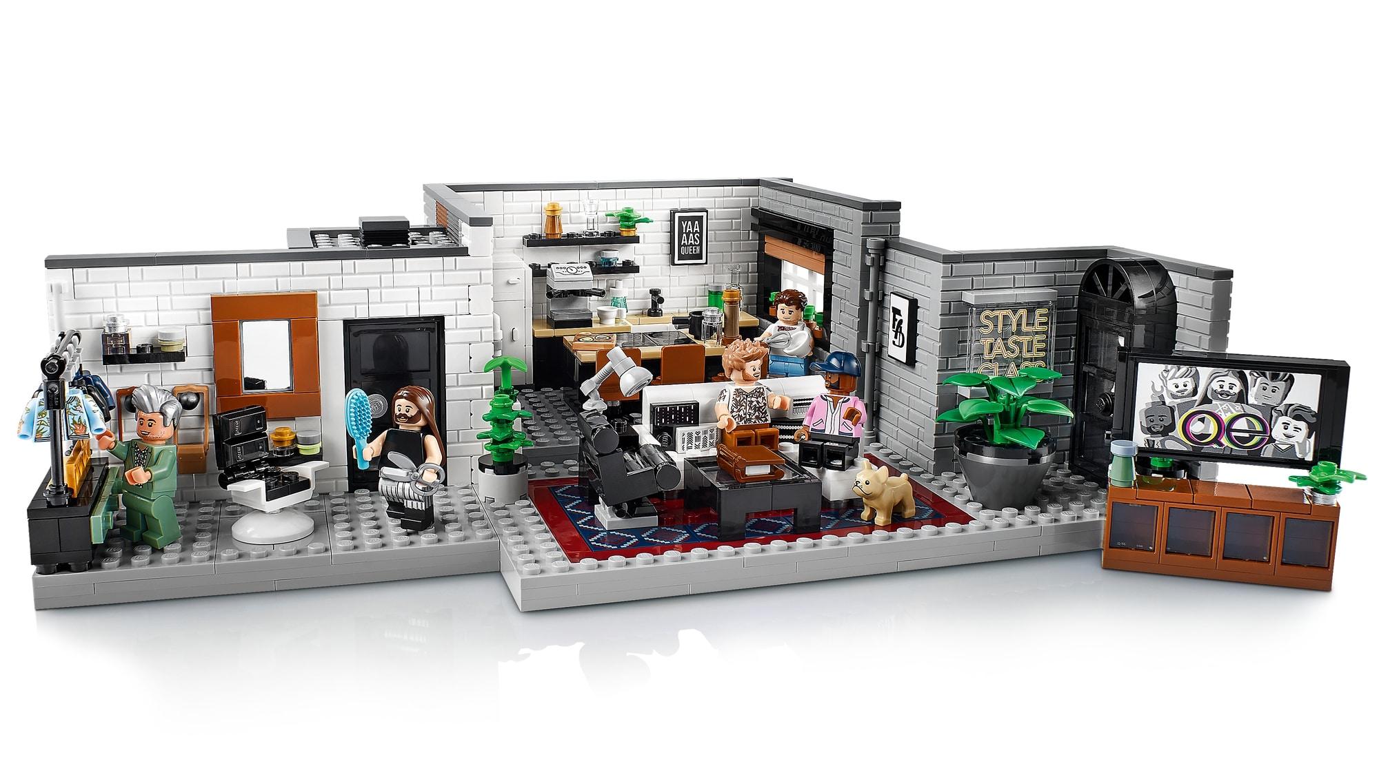 LEGO Creator Expert 10291 Queer Eye The Fab 5 Loft 3