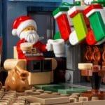 LEGO Creator Expert 10293 Santas Visit 11