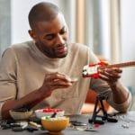 LEGO Ideas 21329 Fender Stratocaster (18)
