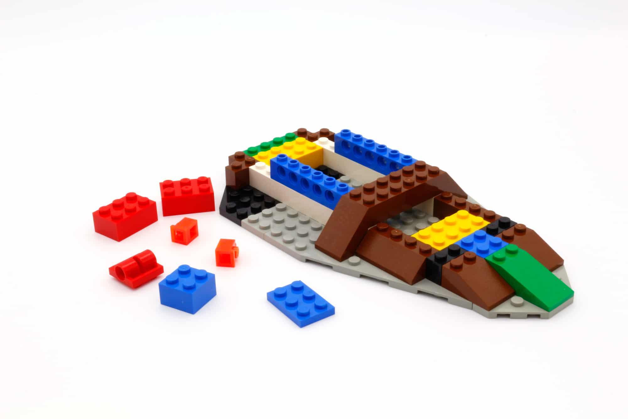 LEGO Star Wars 75312 Boba Fetts Starship 26