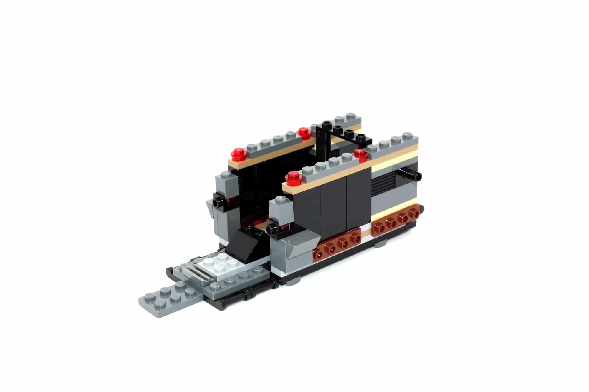 LEGO Star Wars 75311 Imperial Marauder 18