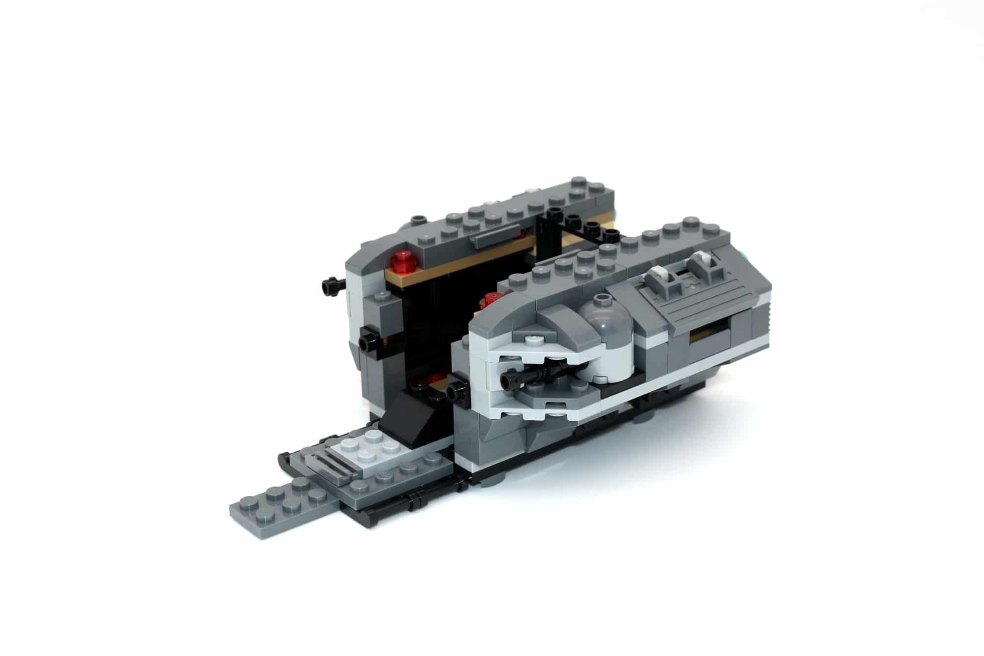 LEGO Star Wars 75311 Imperial Marauder 19