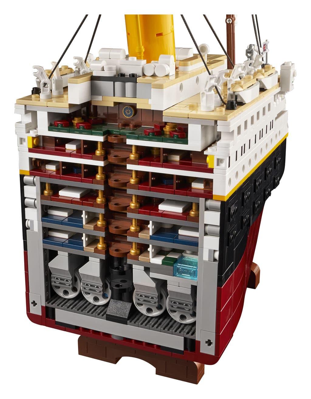 LEGO Titanic 10294 16
