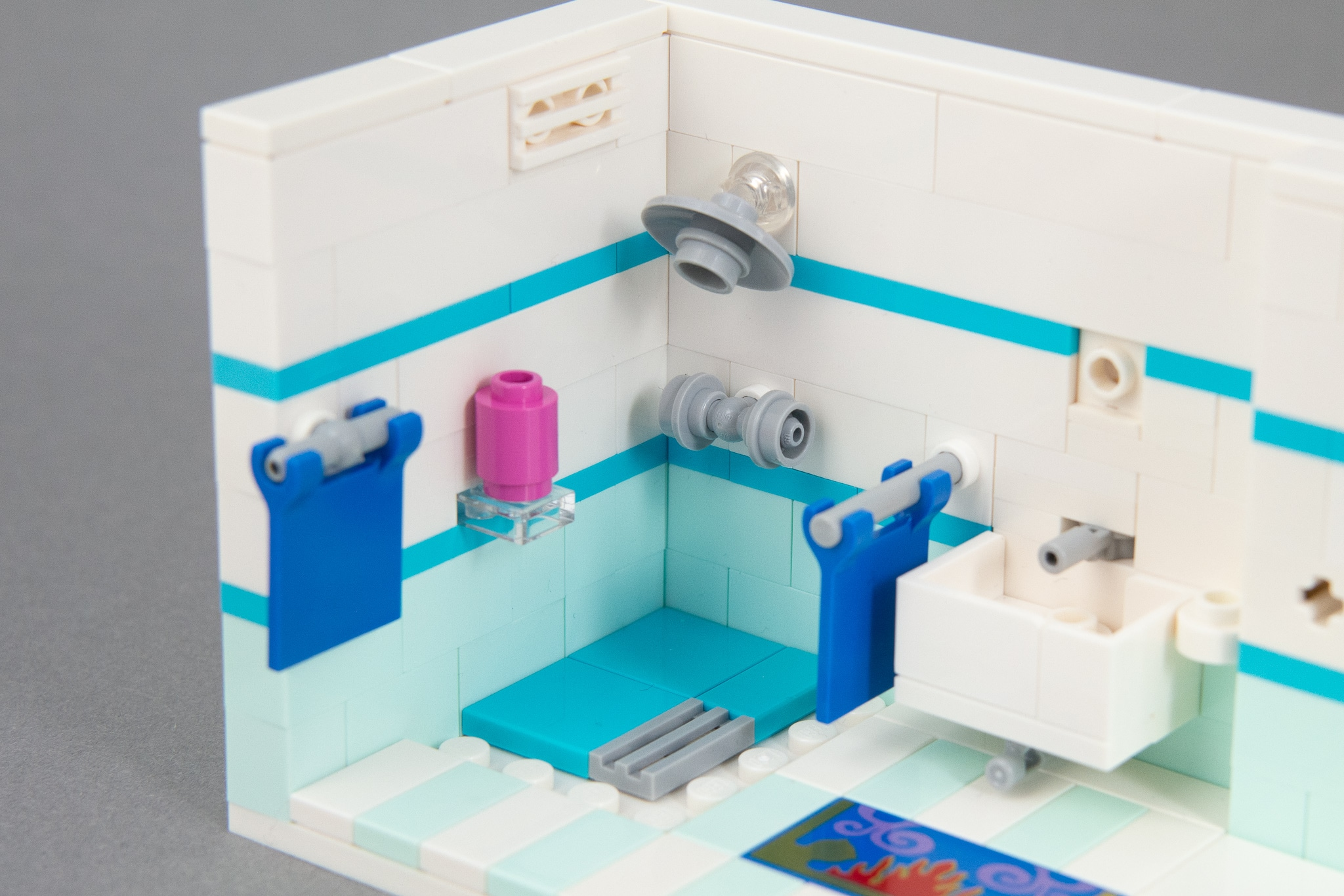 LEGO Badezimmer: Armaturen in der Dusche